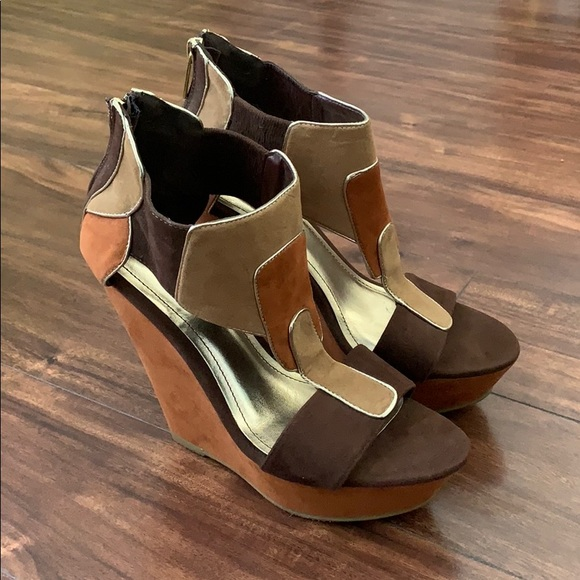 BAMBOO Shoes - NWOT bamboo heeled wedges